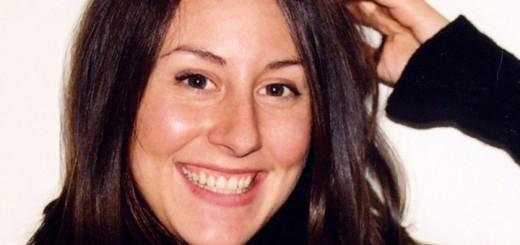 Billedet viser en smilende kvinde. Siden handler og god og dårlig terapi.